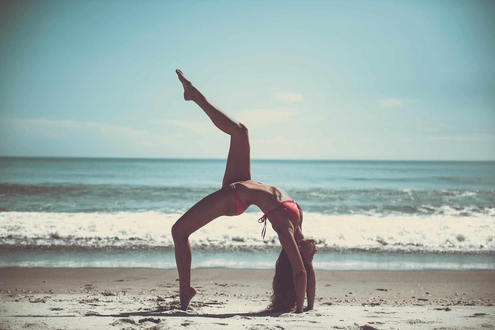 femme-plage-libre